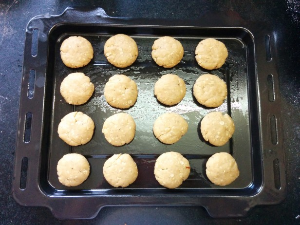 Whole wheat atta cookies biscuits