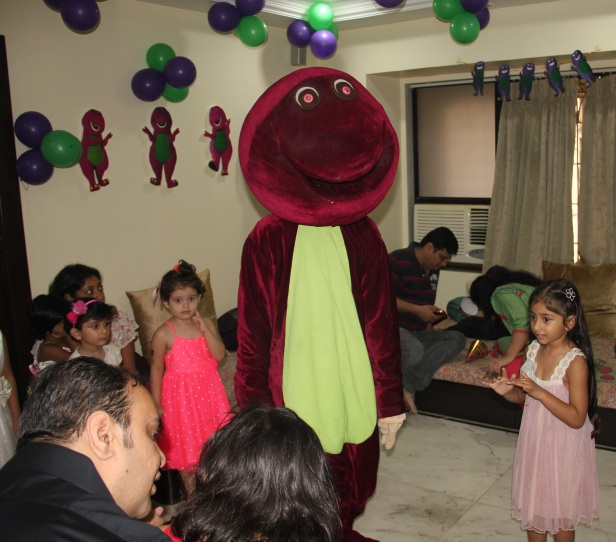3rd Barney theme birthday party - Barney mascot