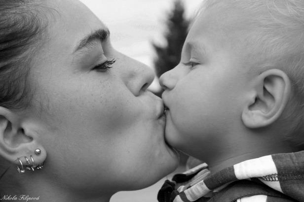 baby kissing.jpg